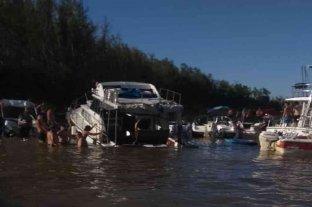 Un yate casi naufraga en el río Paraná por exceso de personas a bordo