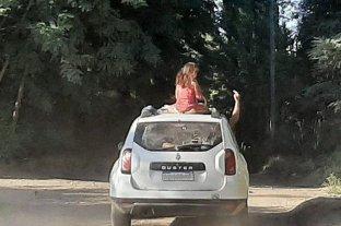 Neuquén: llevaba a una nena en el techo de la camioneta y una vecina lo escrachó