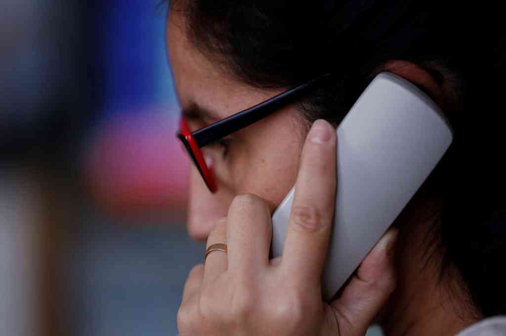 En primera instancia, el equipo que integrará la guardia realizará atención exclusivamente telefónica, recibiendo y derivando llamados a las áreas correspondientes. Crédito: Gentileza