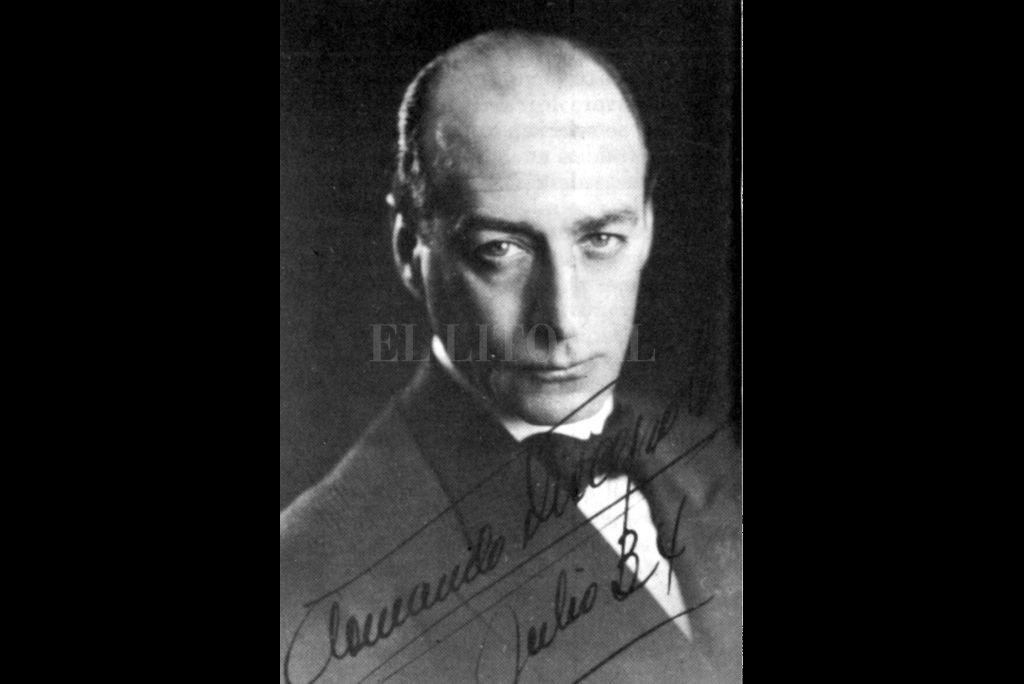 Uno de los hombres de teatro más influyentes de la centuria pasada, nació en la ciudad de Buenos Aires el 18 de septiembre de 1887. Conocido como el creador del grotesco criollo, falleció el 8 de enero de 1971. Crédito: Archivo El Litoral