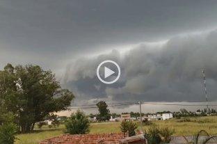 Video: impresionantes imágenes de la tormenta en Sunchales