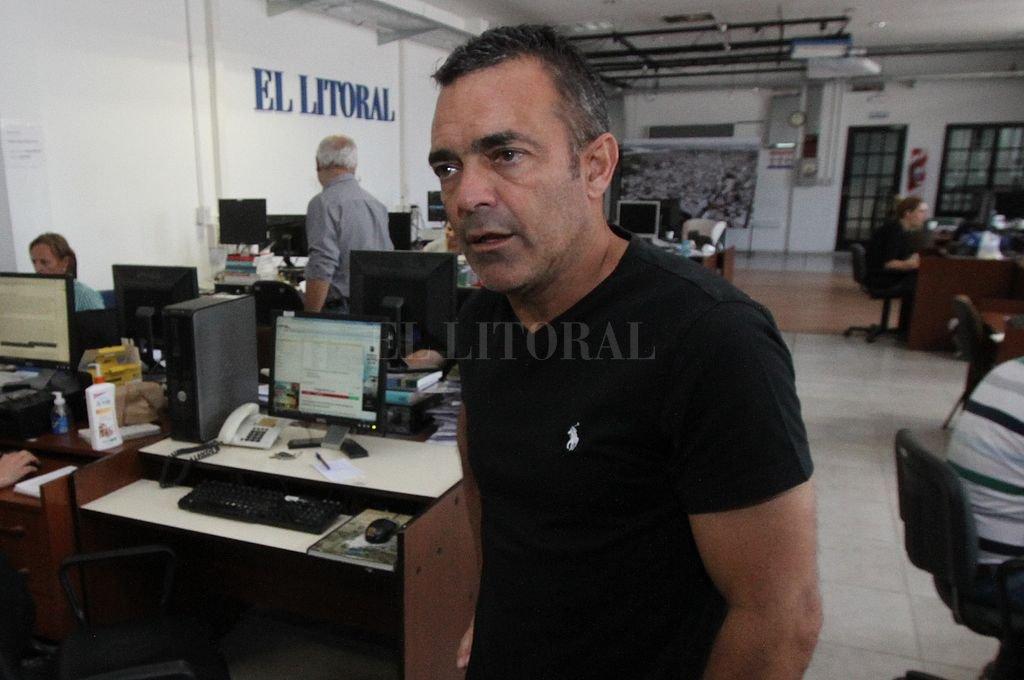 Carlen durante una visita a la redacción de El Litoral. Crédito: Archivo El Litoral