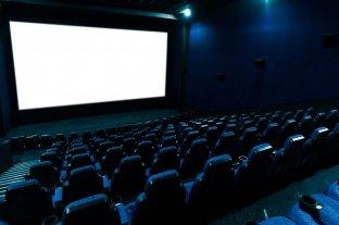 El Gobierno prepara el decreto que habilitará la apertura de los cines