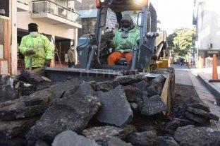 Comenzó la reconstrucción del cruce peatonal en Córdoba y Maipú