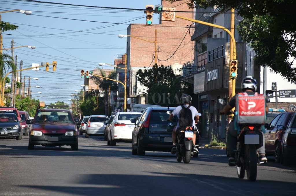 Constante e intenso tráfico, a cualquier momento del día sobre Salvador del Carril.  Crédito: Manuel Alberto Fabatía