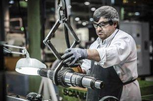 El empleo industrial subió por quinto mes consecutivo