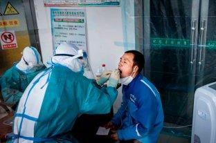 China marca un nuevo récord en casos de coronavirus, 144 en la última jornada