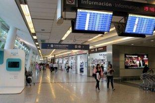 Se encarece el costo de pasajes para vuelos internacionales por el aumento del 11,8% de la tasa en dólares