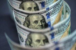 """El dólar """"ahorro"""" superó los $ 151 y se acerca al """"blue"""""""
