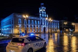 Madrid adelanta el toque de queda, mientras en toda España hay nuevo récord de casos diarios