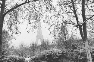 Nieva en París y se producen espectaculares postales
