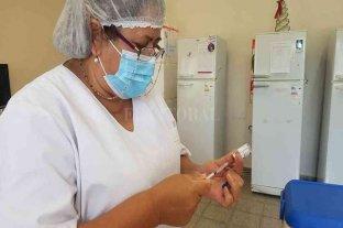 En maratónica semana se vacunó al personal médico de 7 localidades del departamento San Martín