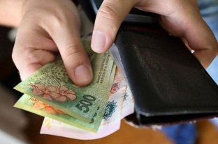 El salario mínimo, vital y móvil perdió 14 puntos contra la inflación en 2020