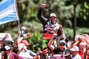 Tras ganar el Dakar, Kevin Benavides fue recibido por una multitud en Salta