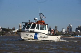 Buscan a un kitesurfista desaparecido en aguas del Río Paraná