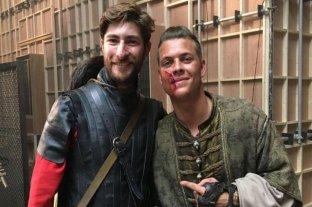 """Es argentino, viajó a Dublin para estudiar y terminó como actor en """"Vikingos"""""""