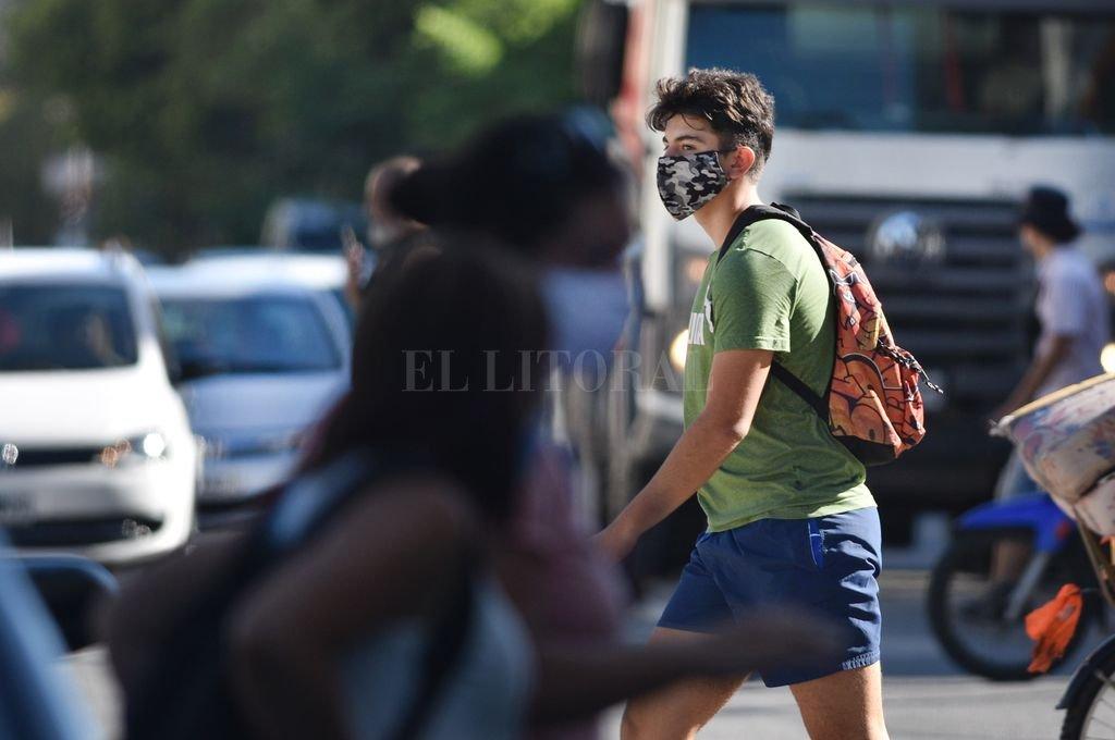 Covid en Santa Fe: la provincia reportó 1.213 casos y 46 muertes, máxima cantidad del 2021 -  -
