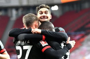 Con Alario de titular Bayer Leverkusen volvió a ganar luego de cuatro partidos