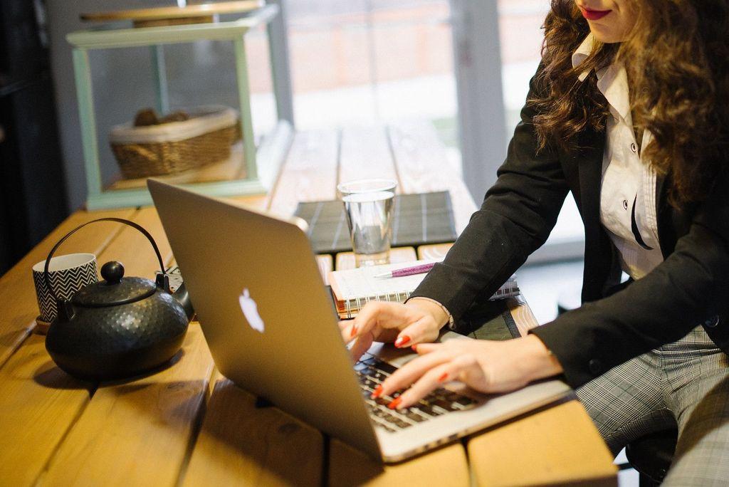 Reglamentaron de forma parcial la ley de teletrabajo: qué dice el decreto - Imagen ilustrativa. -