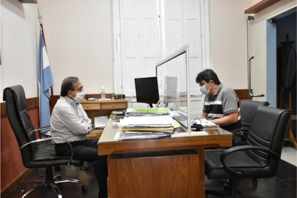 El médico junto Ricardo Cardozo, ministro de Salud Crédito: Gentileza