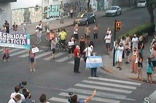 Rosarinos se manifestaron en el centro en pedido de más seguridad