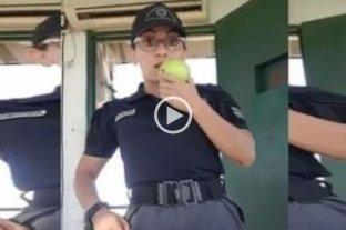 Apartaron de su cargo a una agente penitenciaria por grabar videos de TiKTok mientras estaba de guardia