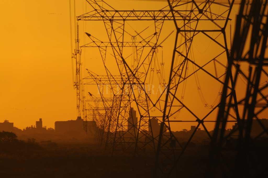La Epe es la tercera deudora de energía mayorista del país  - La provincia contará con dos meses clave para acordar condiciones de pago a cinco años. -