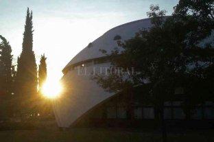 Atardeceres científicos: comienzan las actividades en el Complejo Astronómico de Rosario