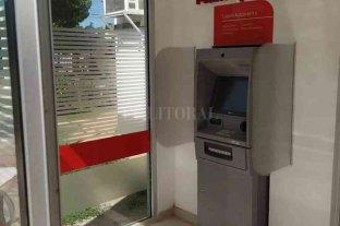 Luego de años de reclamos instalan un cajero automático en Desvío Arijón