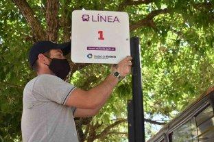 Instalan cartelería para ordenan las paradas de minibuses en Rafaela