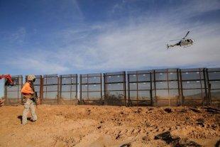 Hallan 19 cuerpos calcinados en la zona fronteriza de México con EEUU
