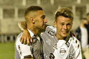 Primera Nacional: Platense ganó por penales y se metió en la semifinal del Reducido