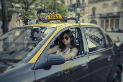 Las multas a las conductoras de la App She Taxi que impulsaron un cambio clave en una normativa