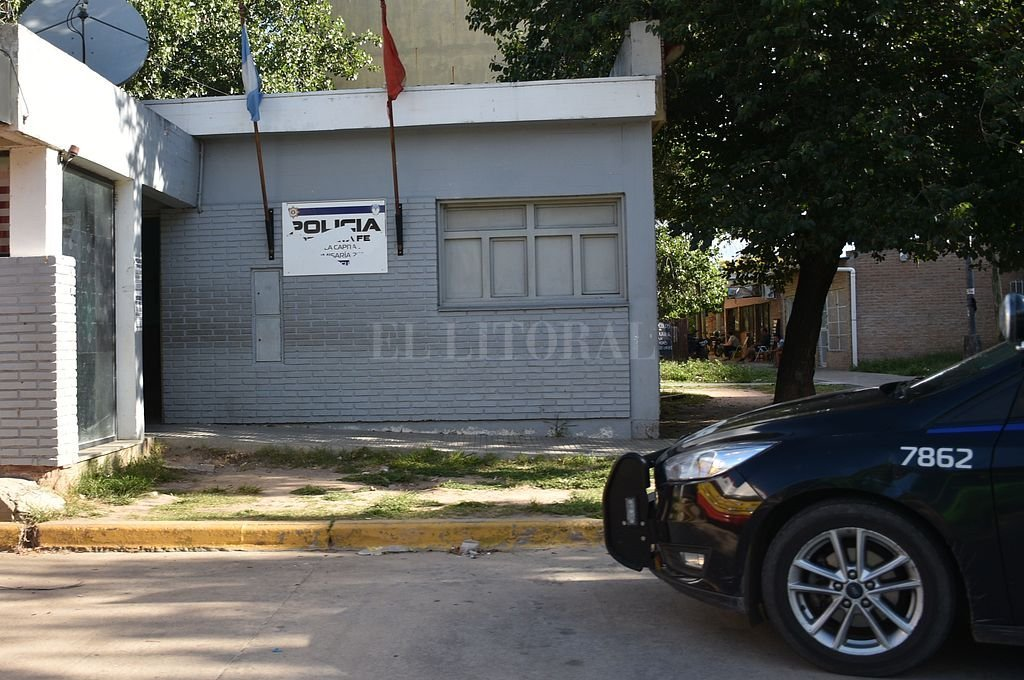 Comisaría de El Pozo. Crédito: Manuel Fabatia