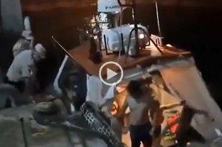 Naufragio en Federación: rescataron a una familia que estuvo siete horas en el agua -  -