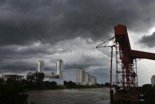 """Alerta meteorológico """"naranja"""" para la ciudad de Santa Fe por tormentas fuertes"""