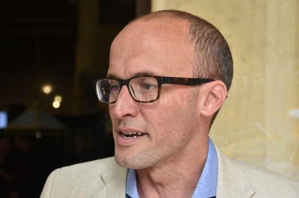 """El debate por la autonomía municipal: Santa Fe a favor, pero con garantías   - """"La autonomía en abstracto tiene muchas cuestiones para discutir, porque si bien estamos a favor, va de la mano con la discusión de los recursos"""", dijo el secretario de Gobierno, Nicolás Aimar.    -"""