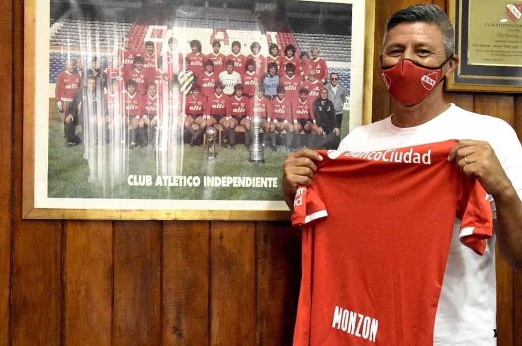 Pedro Monzón firmó contrato hasta fin de año y será la mano derecha de Falcioni en el