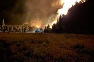 El incendió en El Bolsón ya consumió 10 mil hectáreas