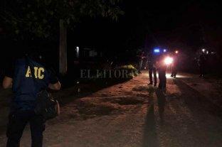 Mataron a tiros a un adolescente - Personal del área Criminalística y Forense trabajó en la escena del suceso.