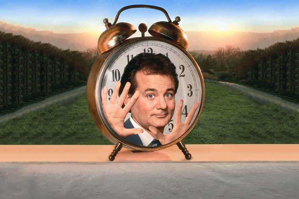 Phil (Bill Murray), el hombre del tiempo de una cadena de televisión, se verá atrapado en un bucle temporal. Crédito: Gentileza Paramount Network