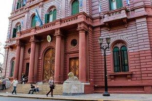 El Municipio de Rosario pagó  de más para trabajos de bacheo