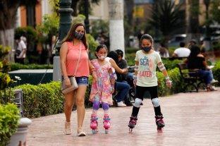 Perú impone toque de queda en varias regiones para contener la propagación del coronavirus