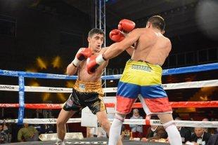 Kevin Muñoz defiende el título sudamericano supermosca