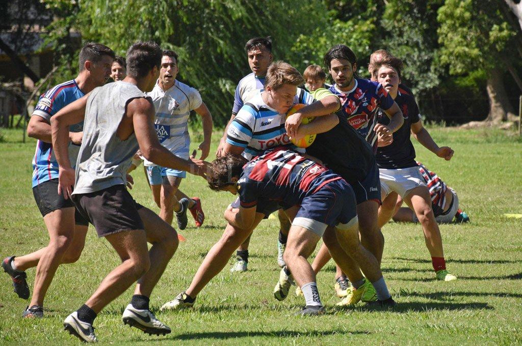 Santa Fe Rugby Club es una de las instituciones del nivel superior que entrena con vistas a las posibilidades que otorgará la temporada 2021. Crédito: Pablo Aguirre