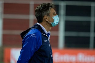 Pellegrino, DT de Vélez, se refirió a los jugadores separados del plantel