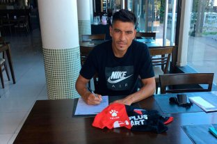 Paolo Goltz firmó su contrato y ya es jugador de Colón