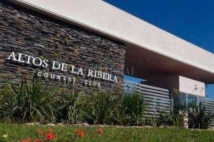 Robaron una caja fuerte llena del country Altos de La Ribera