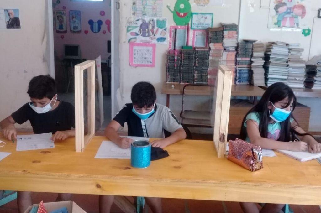 Una experiencia en el aula de los Sin Techo en San Lorenzo   Crédito: Gentileza