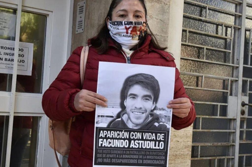 La madre de Facundo, Cristina Castro, no tiene dudas sobre la responsabilidad policial en la muerte de su hijo.    Crédito: Gentileza
